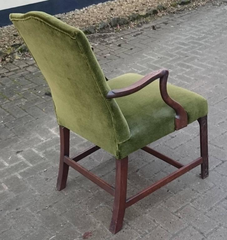 19th Century Gainsborough Library Chair in the Manner of Thomas Chippendale For Sale 2