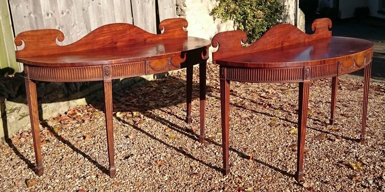 Adam Style Pair of Early 19th Century George III Period Mahogany Console Serving Tables For Sale