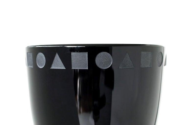 Large Black Sengai Vase by Ward Bennett For Sale 2