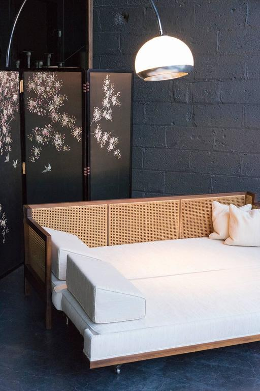 Convertible Trundle Daybed At 1stdibs