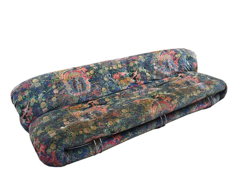 Three-seat vintage Soriana sofa in original velvet fabric with oriental designs, the fabric is in medium condition, the padding inside and perfectly preserved, Cassina Italy production.