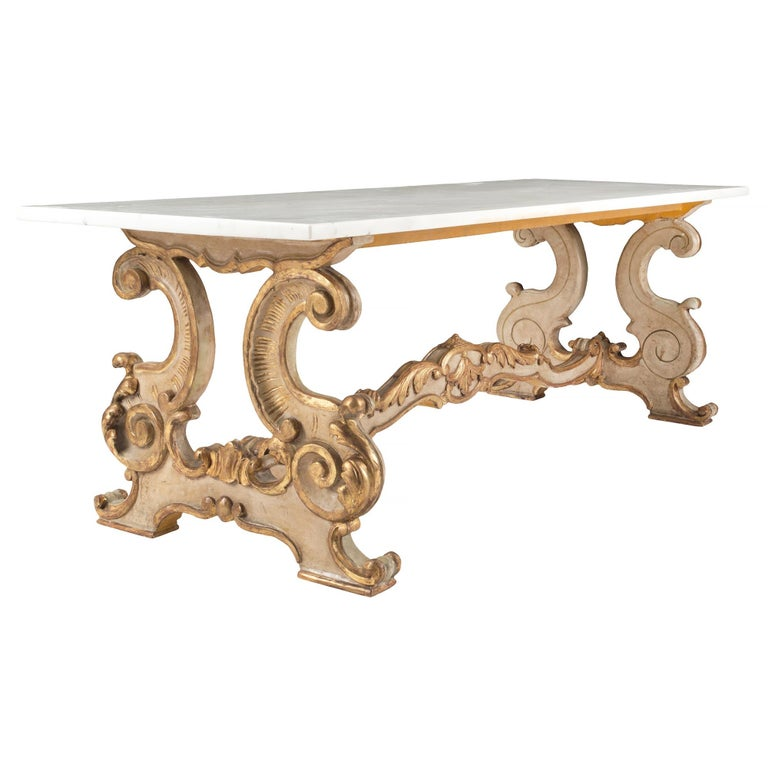 Italian Th Century Louis XV Style Giltwood And Carrara Marble - White carrara marble coffee table