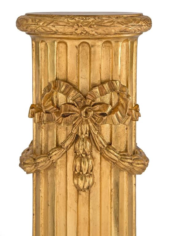 Pair of French 19th Century Louis XVI Style Giltwood Columns In Excellent Condition For Sale In West Palm Beach, FL