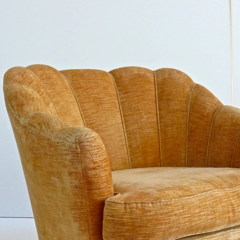 Velvet Pair of Large Armchairs Attributed to Guglielmo Ulrich, 1950 For Sale