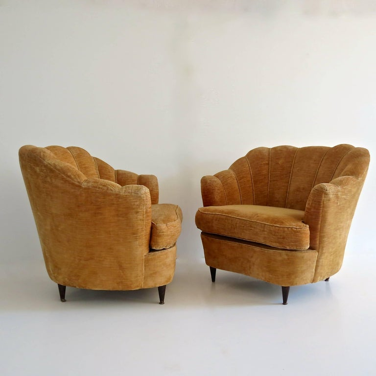 Mid-Century Modern Pair of Large Armchairs Attributed to Guglielmo Ulrich, 1950 For Sale