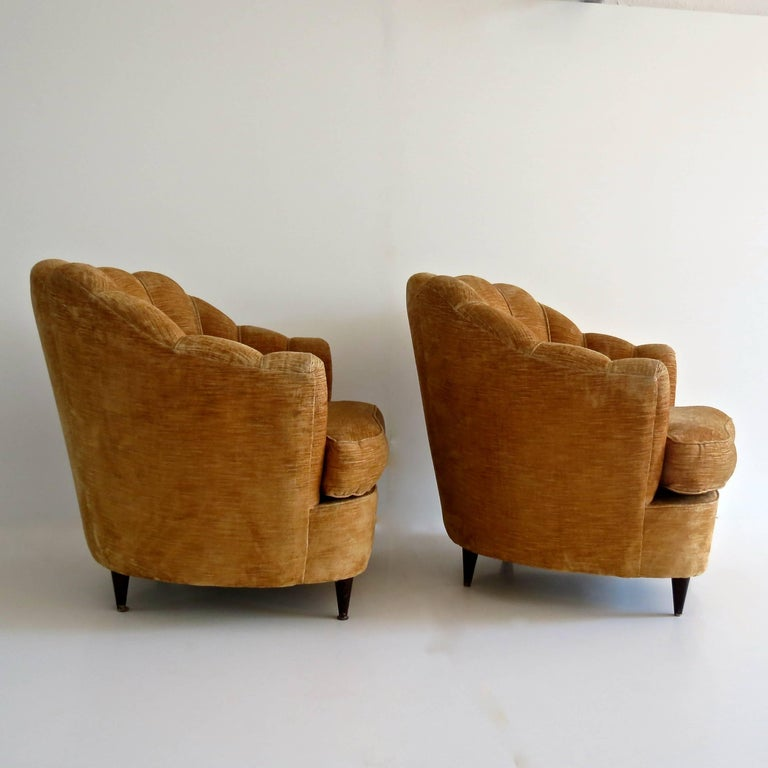 Mid-20th Century Pair of Large Armchairs Attributed to Guglielmo Ulrich, 1950 For Sale