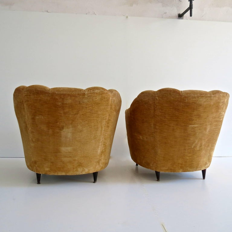 Pair of Large Armchairs Attributed to Guglielmo Ulrich, 1950 For Sale 2