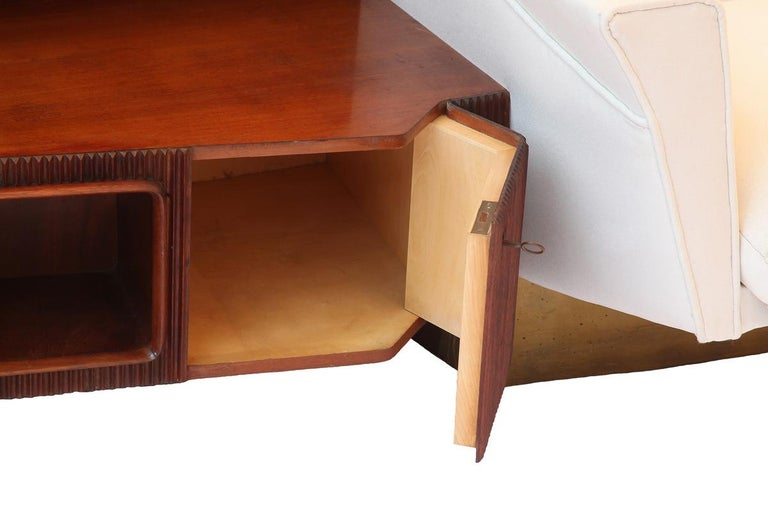 Important Wall Unit, Large Curved Sofa and Mahogany Shelfs by Dassi, 1940 For Sale 2