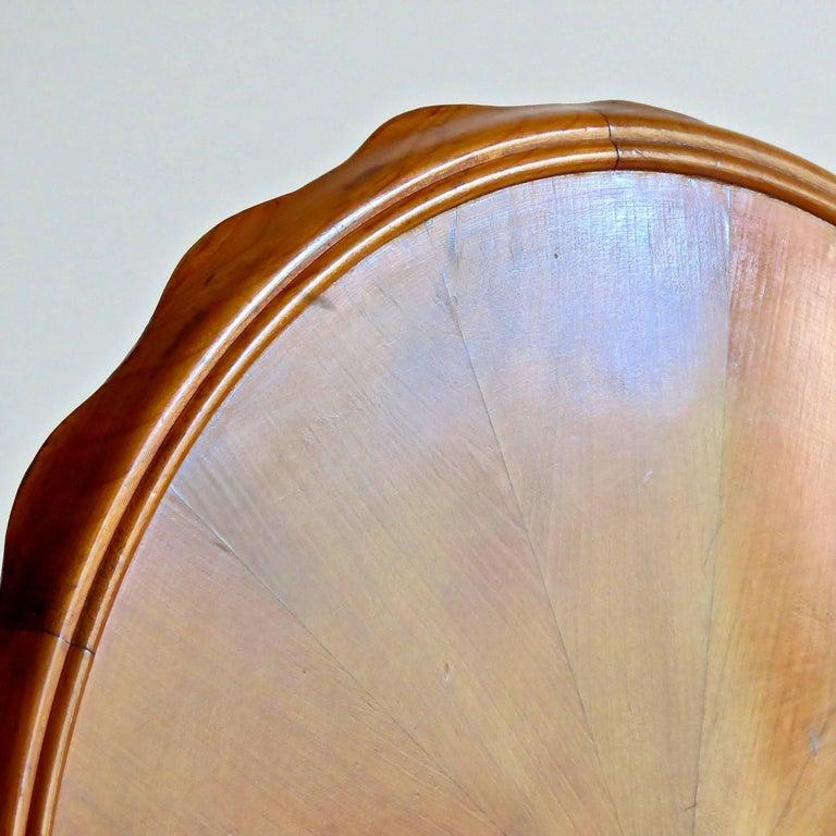 Osvaldo Borsani Midcentury Blond Walnut Round Coffee Table, 1940 For Sale 2