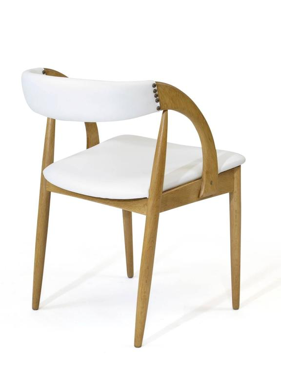 20th Century Pair of Danish White Oak Dining Chairs in White Leather For Sale