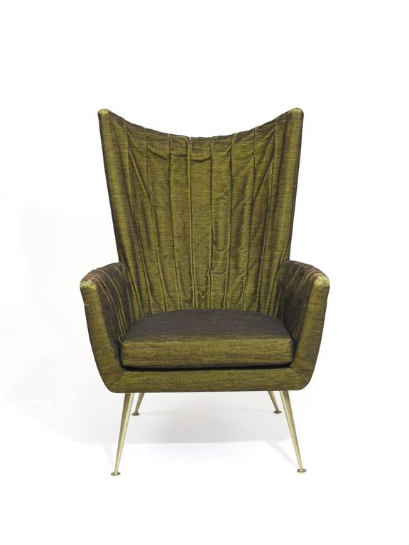 Italian Lounge Chairs in Original Green Horsehair Fabric on Brass Legs For Sale 3