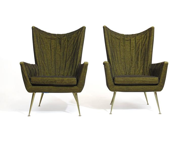 Italian Lounge Chairs in Original Green Horsehair Fabric on Brass Legs For Sale 4