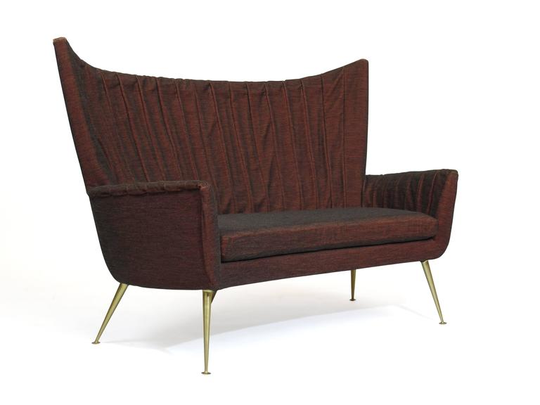 Italian Midcentury Settee in Burgundy Red Horsehair Fabric on Brass Legs 7