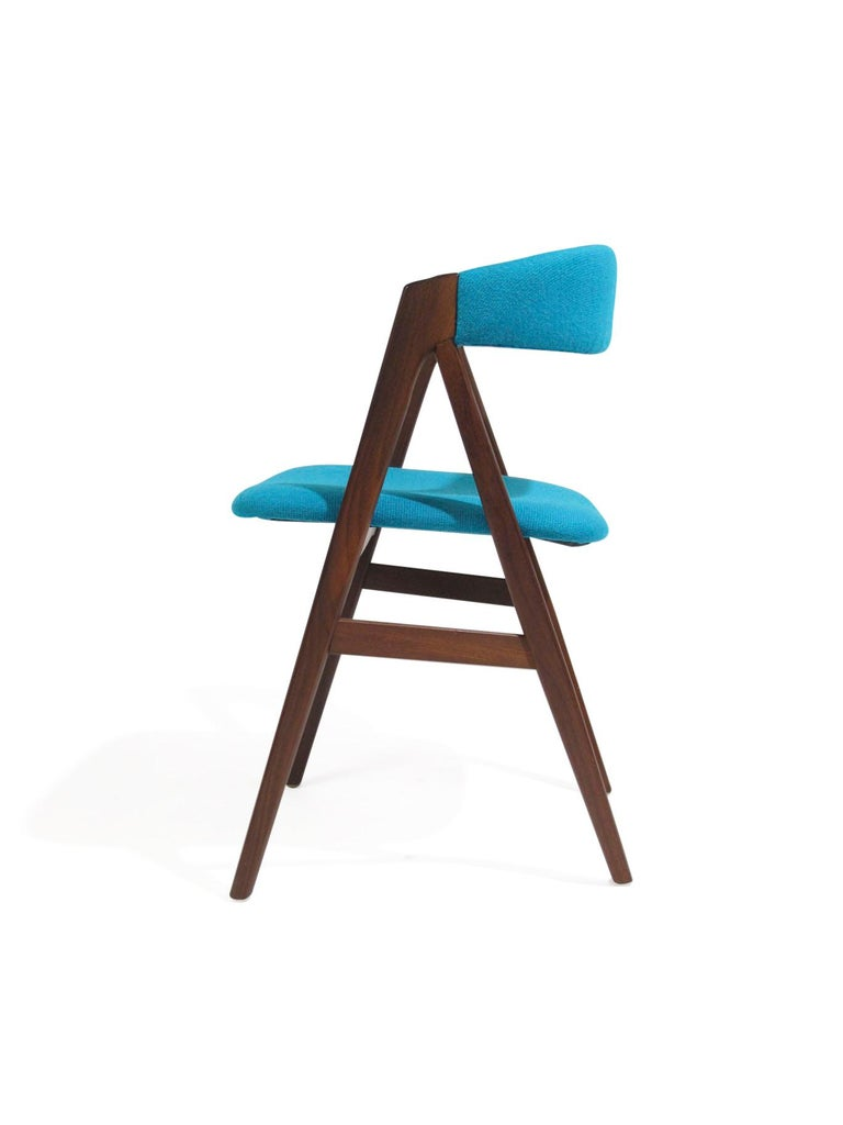 A-Frame Danish Dining Chairs in Turquoise Wool In Excellent Condition For Sale In Berkeley, CA