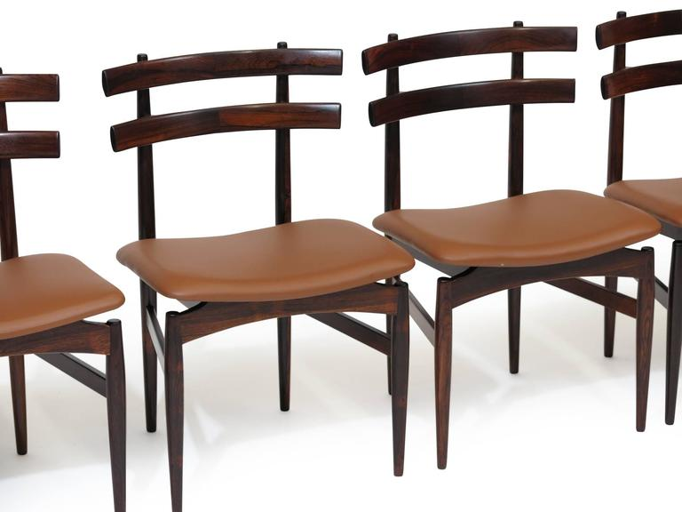 20th Century Poul Hundevad Sculpted Rosewood Dining Chairs For Sale