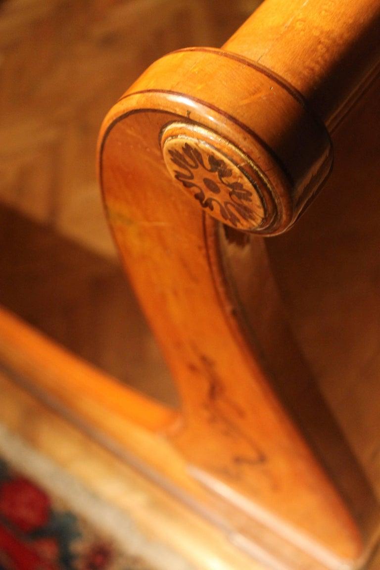 A 19th Century Biedermeier Sleigh Bed with Maple Root Veneer  9