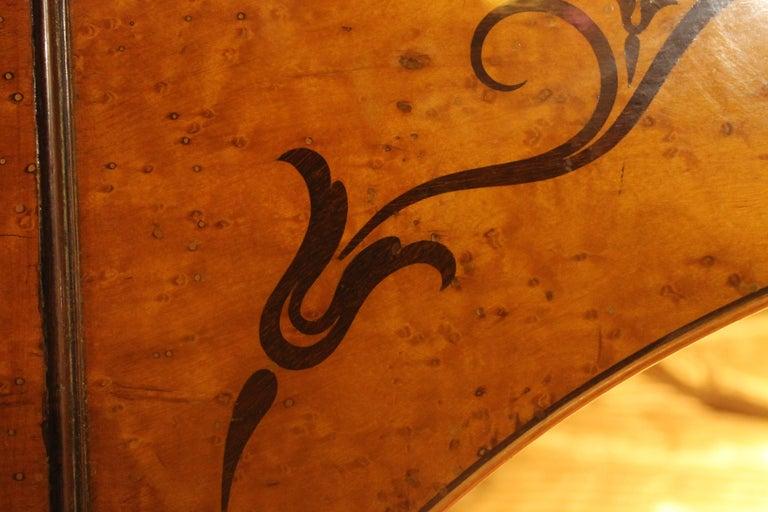 A 19th Century Biedermeier Sleigh Bed with Maple Root Veneer  4