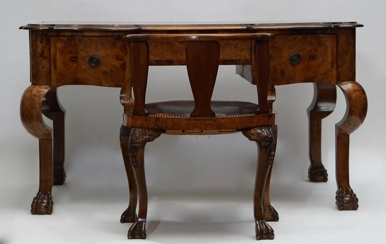 19th Century French Burled Walnut Partners Desk with Armchair In Good Condition For Sale In Antwerp, BE