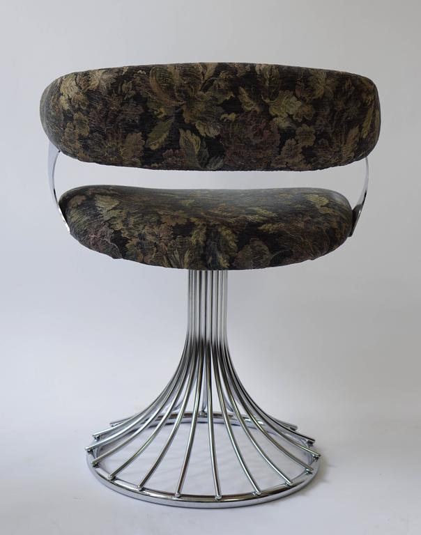 Set off Six Vintage Chrome Swivel Chairs In Good Condition For Sale In Antwerp, BE