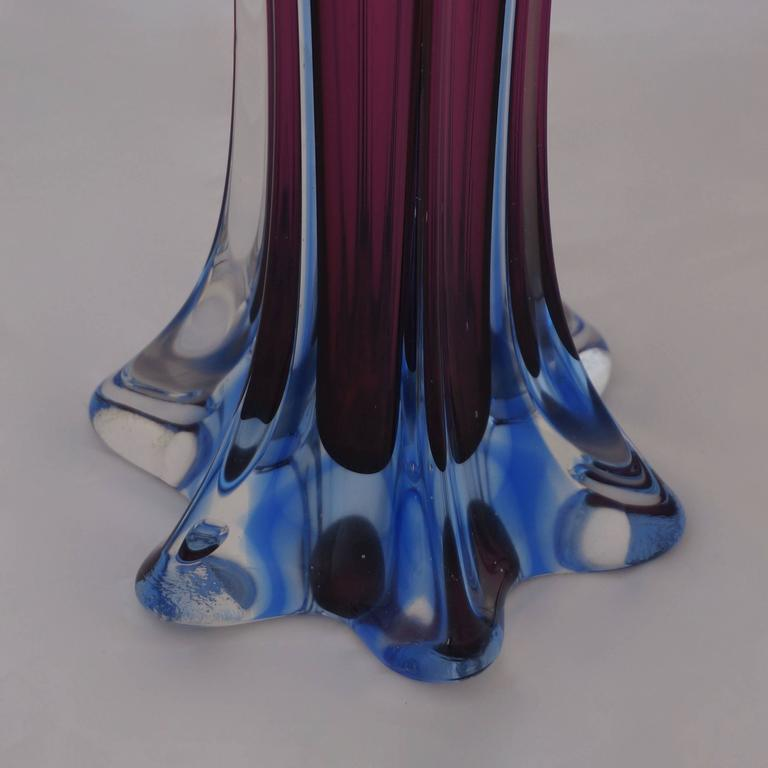An Italian Murano glass vase manufactured in the 1960s.