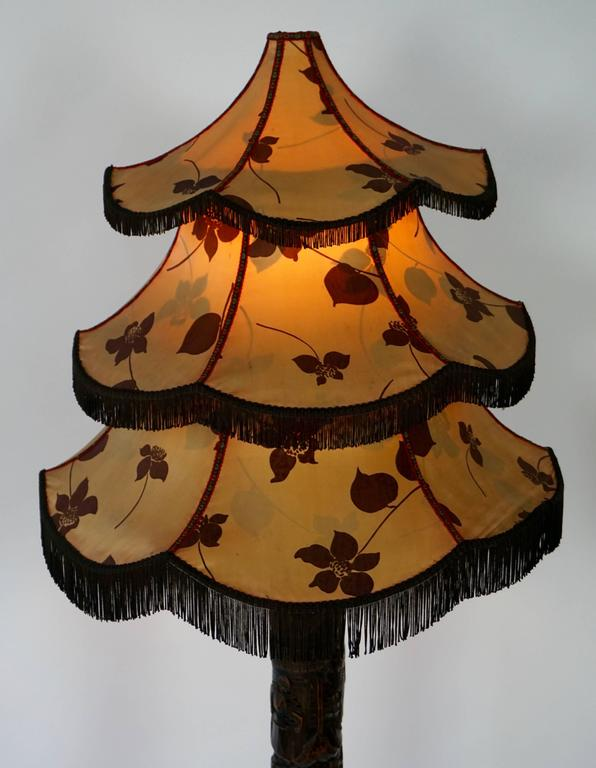 19th Century 1920s Fine Antique Chinese Rosewood Carved Table Lamp with Pagoda Shade For Sale