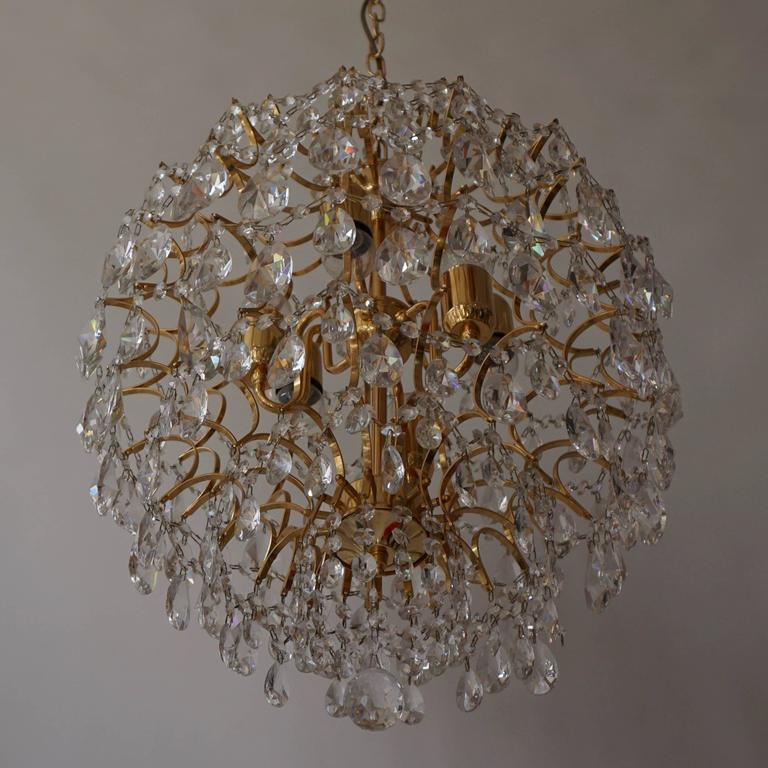 Italian Chandelier in Brass and Crystal  4