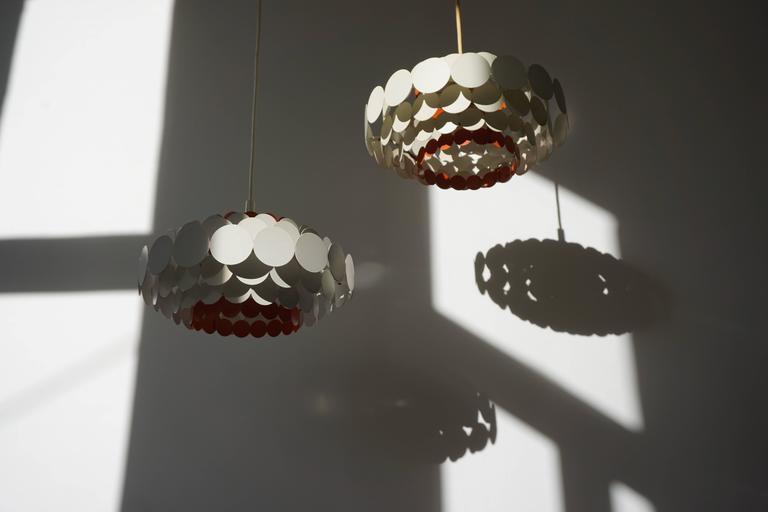 Metal Doria Pendant Light For Sale