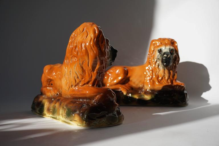 Two Ceramic Lions In Good Condition For Sale In Antwerp, BE