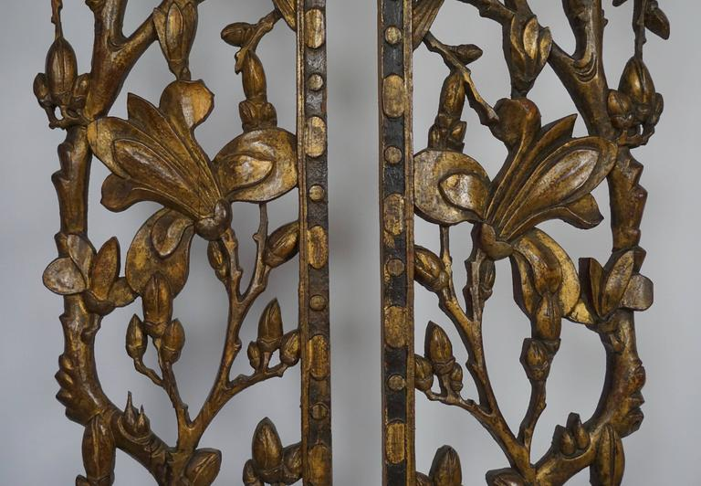 Two Carved Giltwood Mandarin Bed Ornaments - Chinese, 18th or early 19th Century For Sale 1