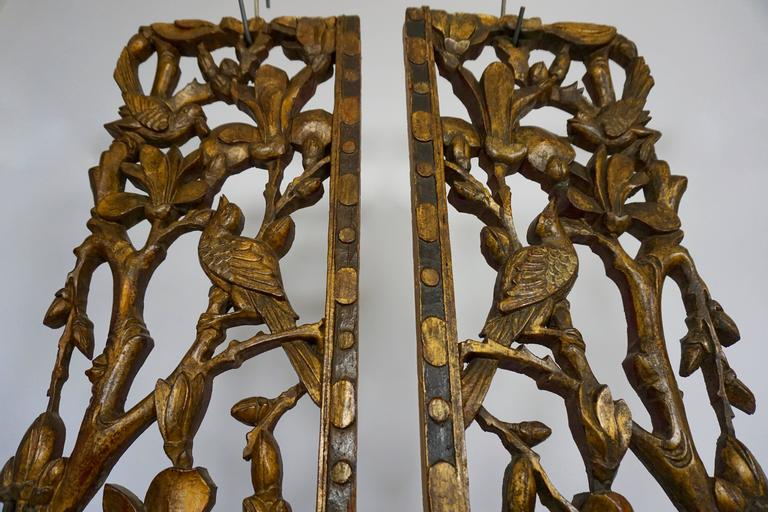 Chinese Export Two Carved Giltwood Mandarin Bed Ornaments - Chinese, 18th or early 19th Century For Sale