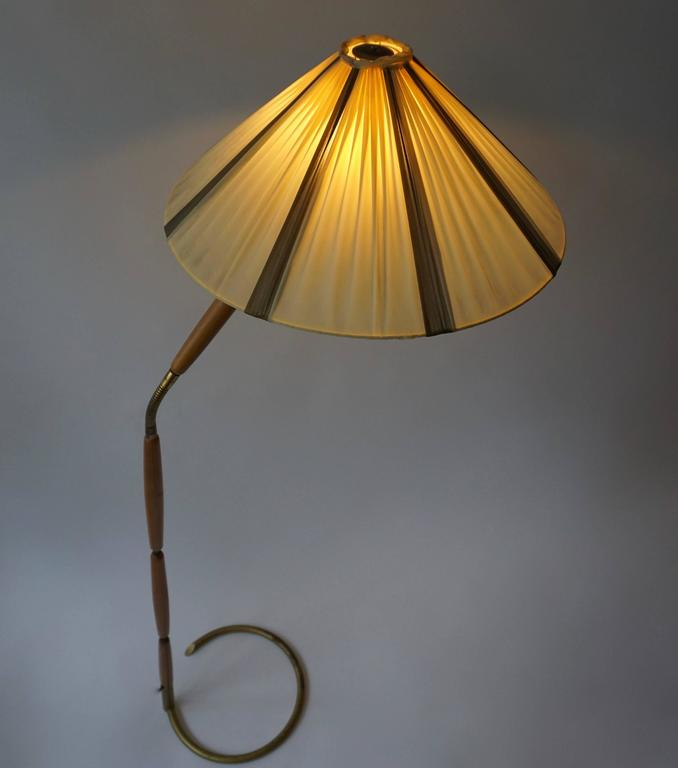 Italian  Floor Lamp in Brass and Wood For Sale