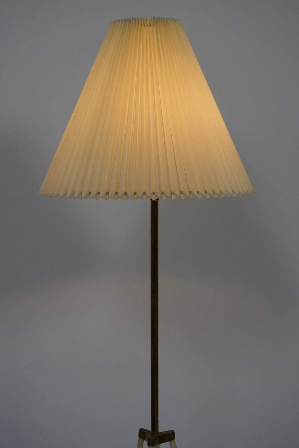 Tripod Floor Lamp For Sale At 1stdibs
