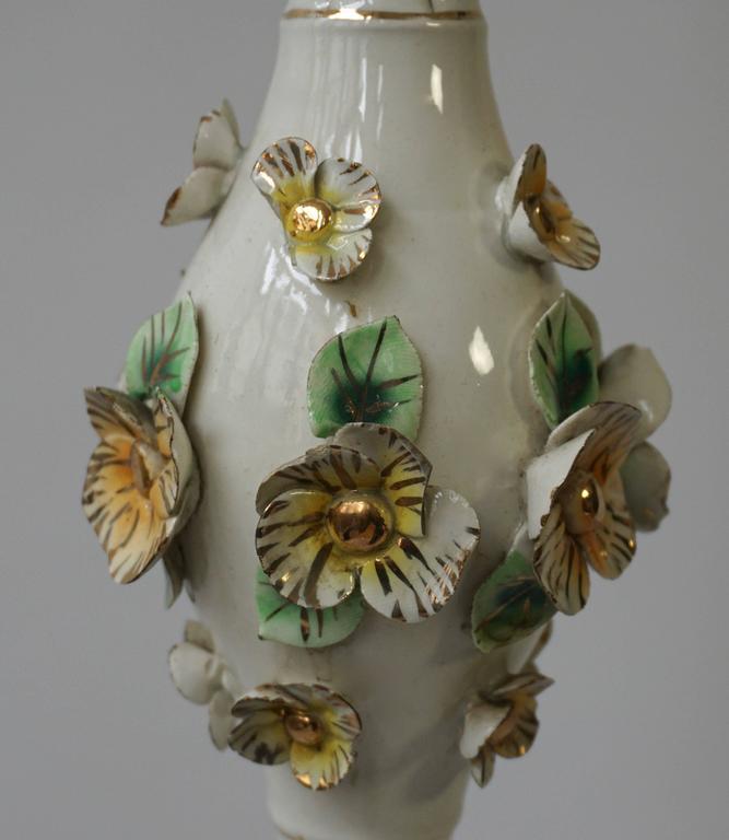 Italian Brass and Porcelain Floor Lamp For Sale 2