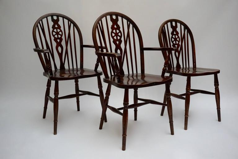 Hollywood Regency Set of Six English Windsor Chairs For Sale