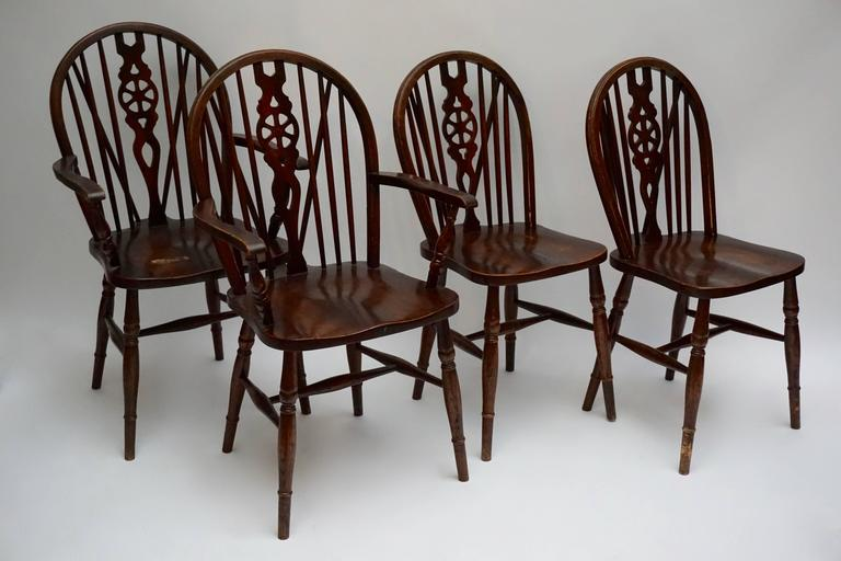 Set of Six English Windsor Chairs In Good Condition For Sale In Antwerp, BE