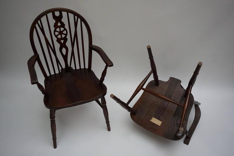 Set of Six English Windsor Chairs For Sale 3