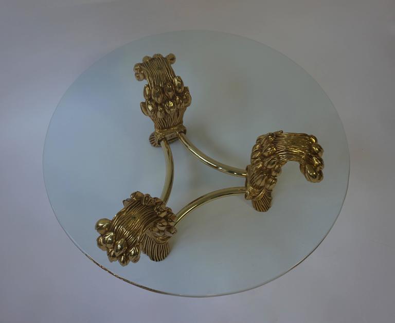Beautiful round brass coffee table. Diameter 90 cm. Height 40 cm.