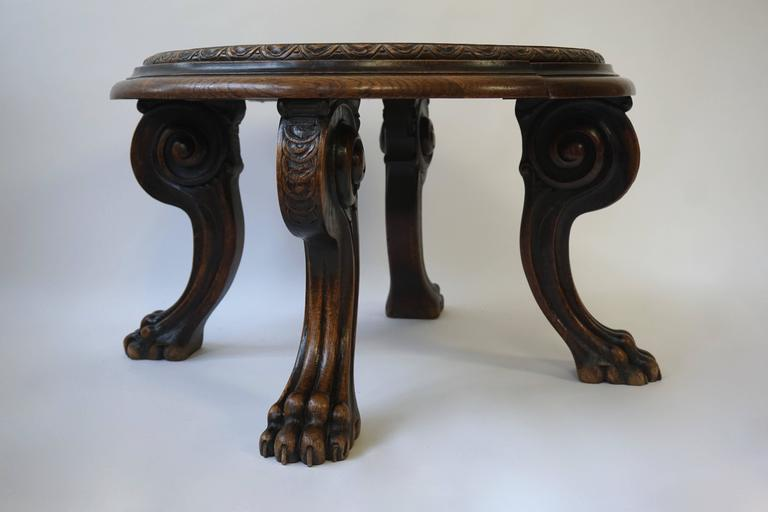 Carved Coffee Table In Good Condition For Sale In Antwerp, BE