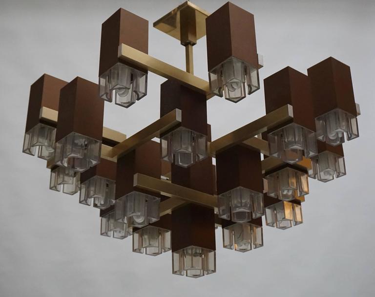 20th Century Pristine Sciolari 20 Cubic Lacquered Brass Chandelier, 1970s, Italia For Sale