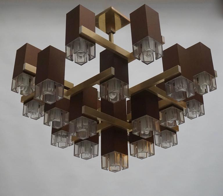 Pristine Sciolari 20 Cubic Lacquered Brass Chandelier, 1970s, Italia For Sale 1
