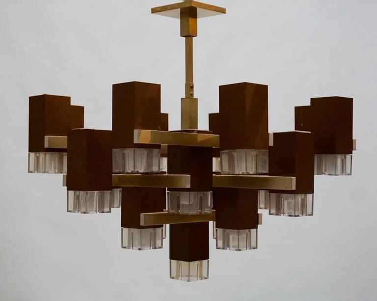 Pristine Sciolari 20 Cubic Lacquered Brass Chandelier, 1970s, Italia For Sale 2