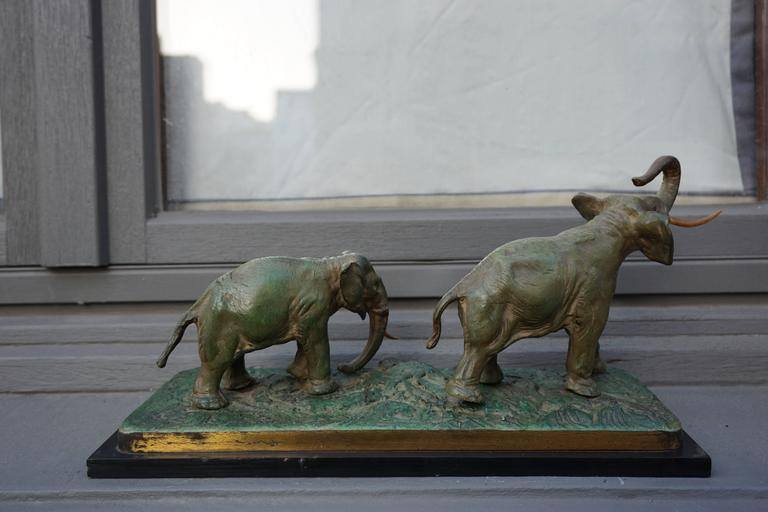 Belgian Early 20th Century Bronze Sculpture of Elephants For Sale