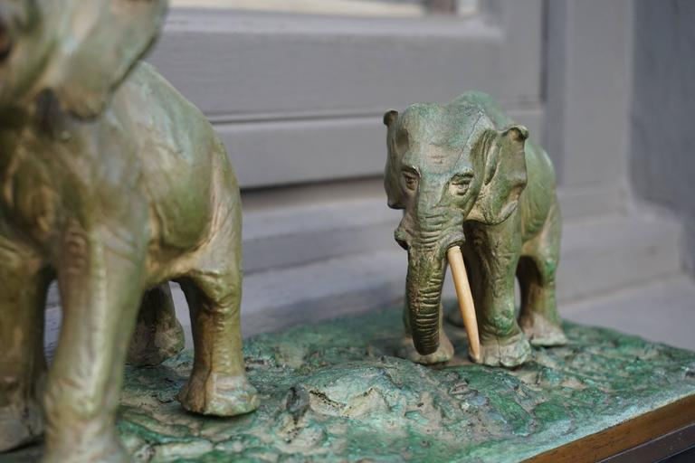 Early 20th Century Bronze Sculpture of Elephants For Sale 2