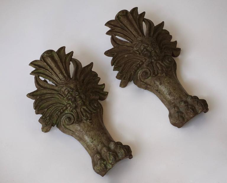 Mid-Century Modern Pair of Wall Lights with Lion Claws For Sale