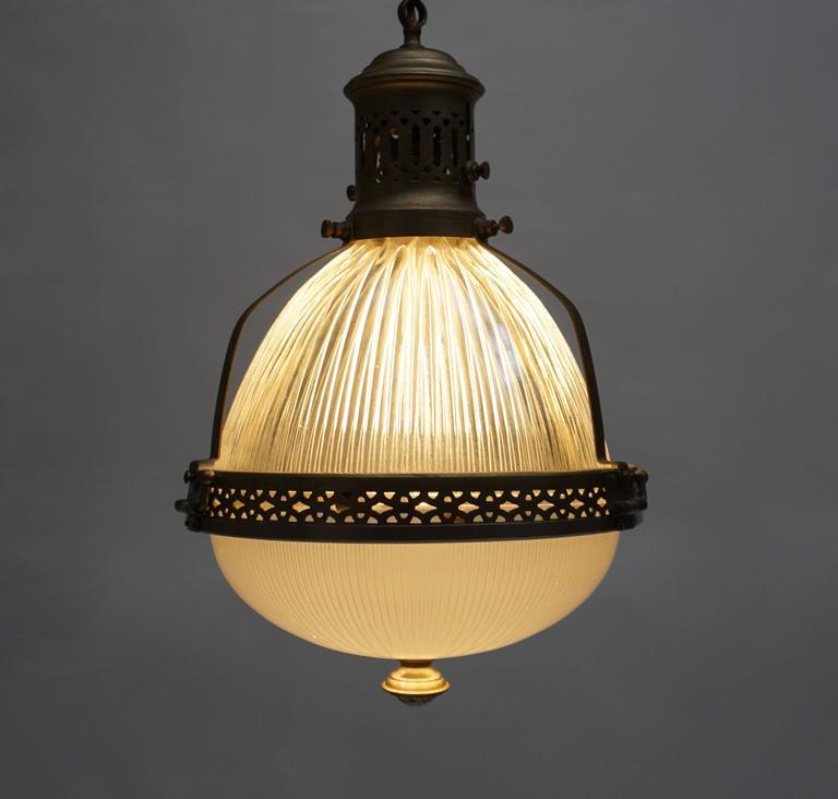 Belgian Italian Murano Glass and Brass Pendant Light For Sale