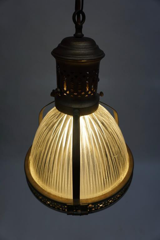 Italian Murano Glass and Brass Pendant Light For Sale 2