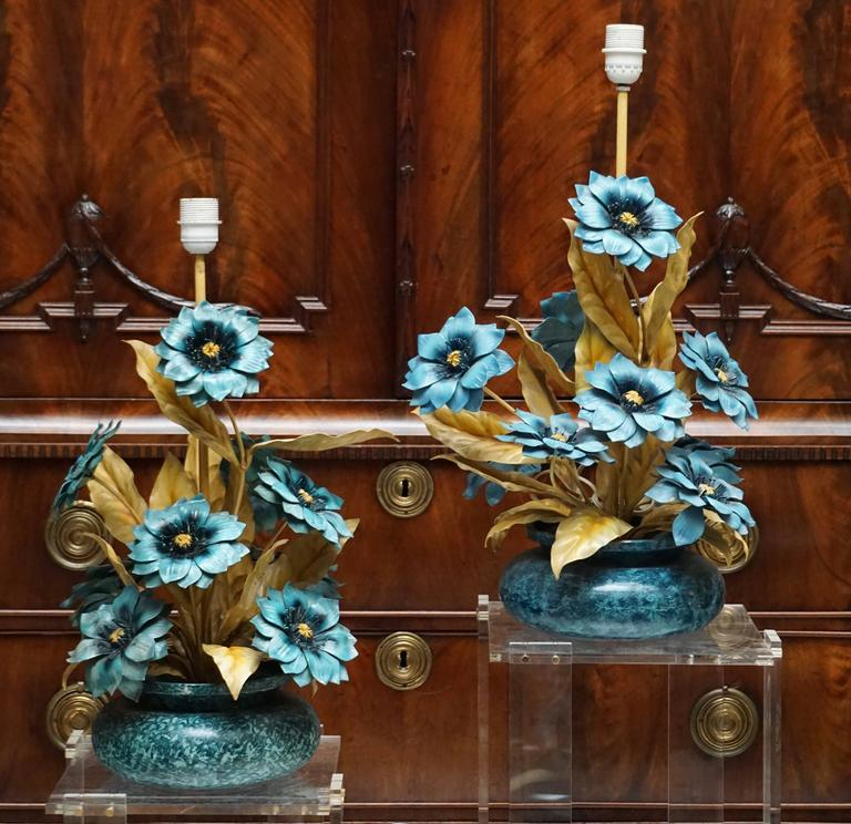 Mid-Century Modern Two Metal Painted Flower Table Lamps For Sale