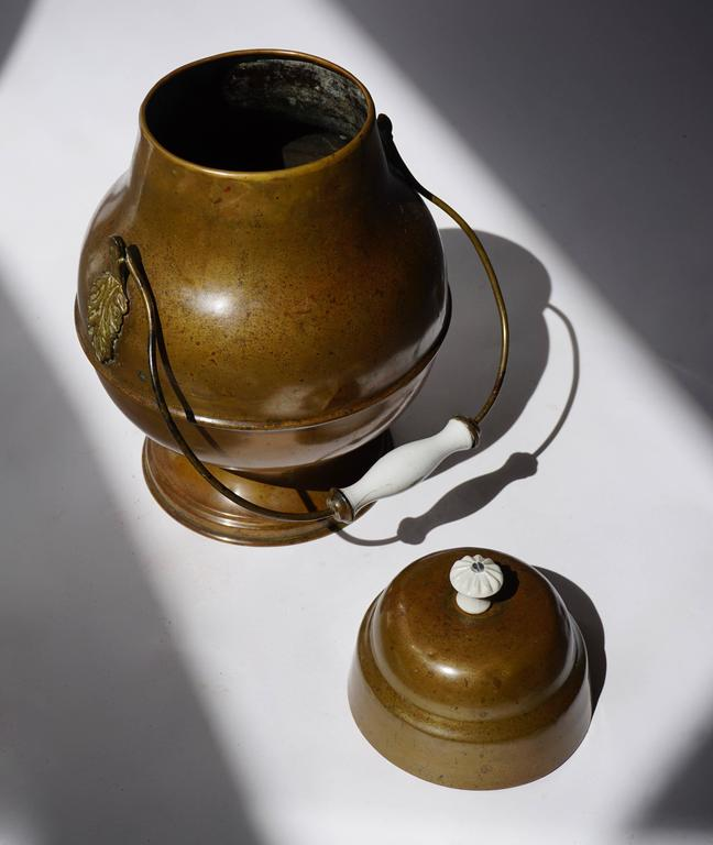 Arts and Crafts 19th Century Dutch Copper Pot For Sale