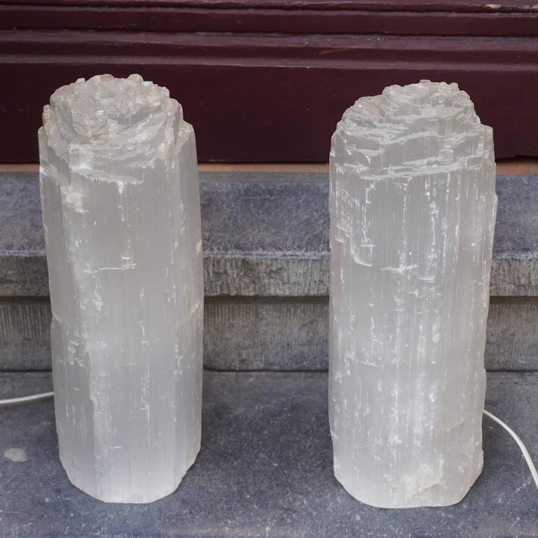Moroccan One Selenite Rock Crystal Quartz Table Lamp For Sale