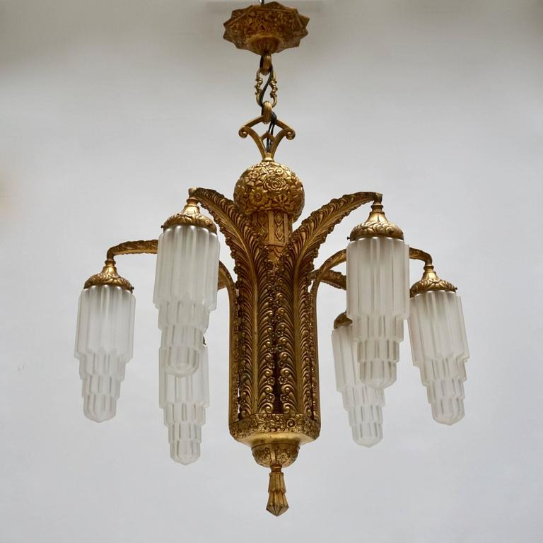 Very Fine Art Deco Bronze and Glass Six-Light Chandelier In Good Condition For Sale In Antwerp, BE